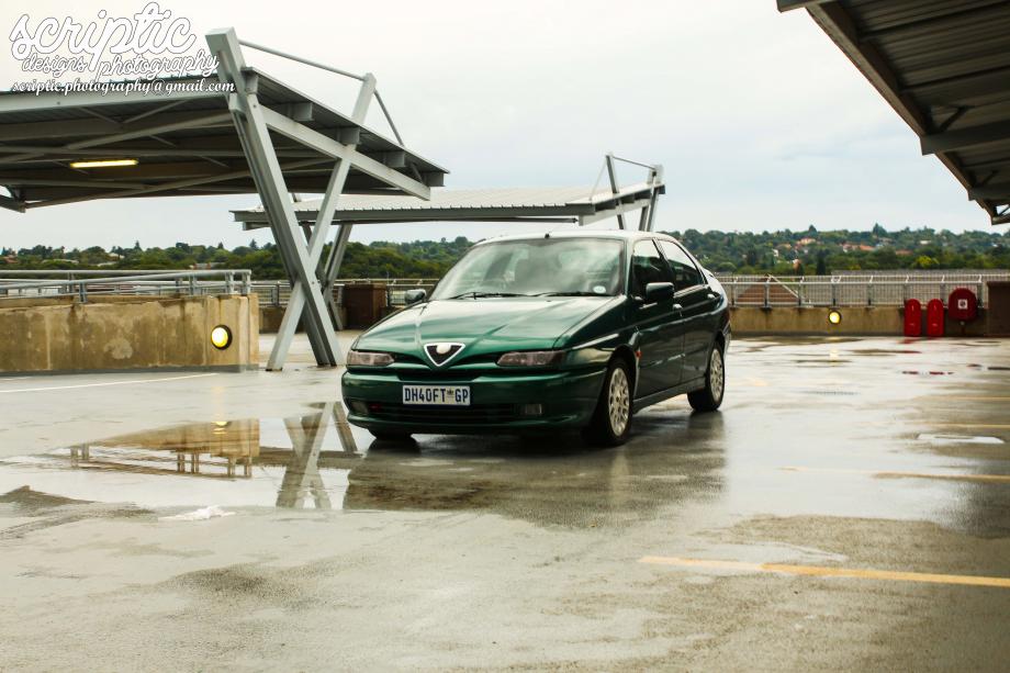 Alfa Romeo 146 Ti 1999 carthrottle com 520f8e0e87092bd6309646d77abbaad4