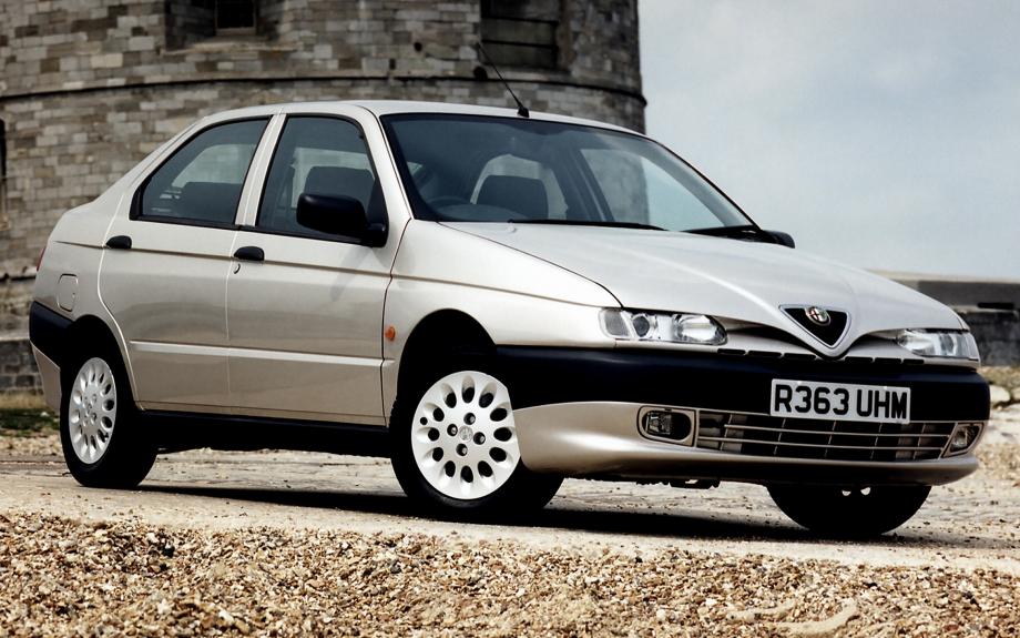 Alfa Romeo 146 UK 1995 carpixel