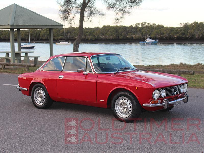 Alfa Romeo 2000 GT Veloce 1975 oldtimeraustralia com 01-IMG_020_AR2000GT_small-W