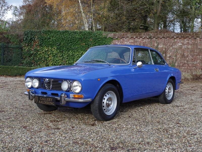 Alfa Romeo 2000 GTV 1975 classicdigest com 149962_9934f0e153a6b01a