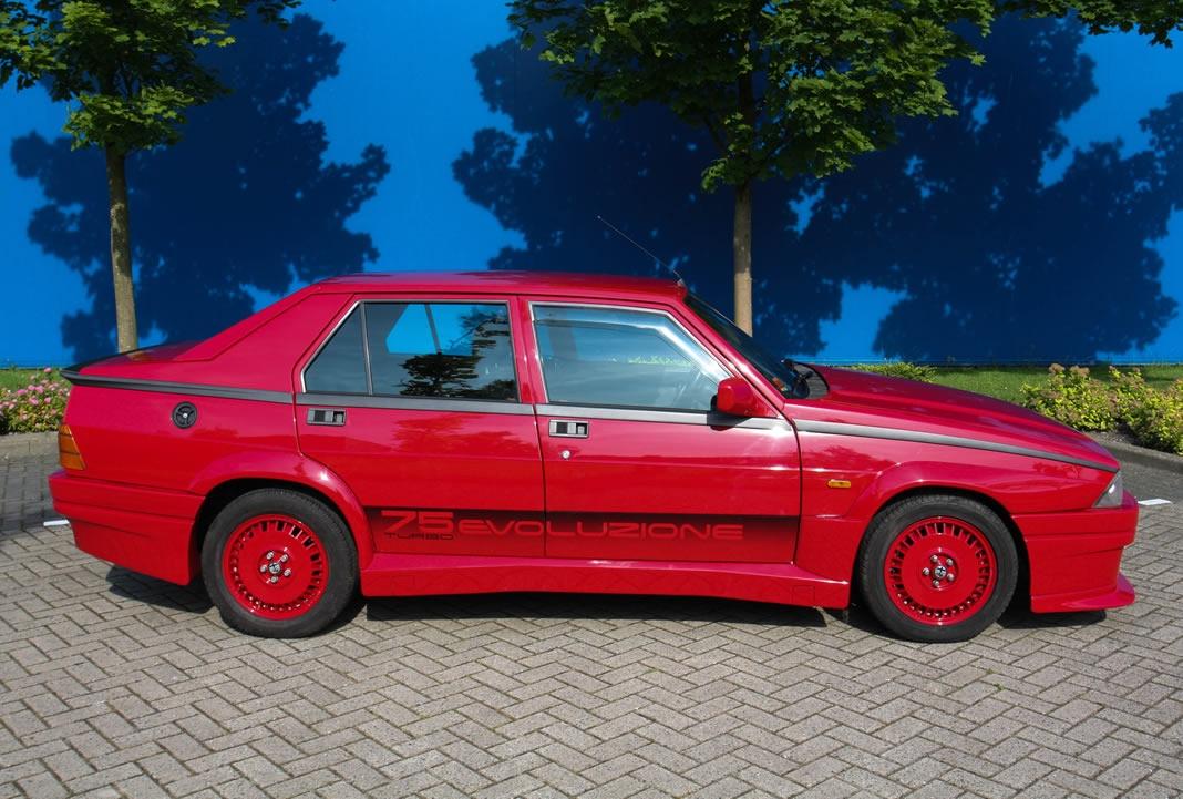 Alfa Romeo 75 Turbo Evoluzione 1987 gieldaklasikow pl alfa-romeo-75-turbo-evo-06
