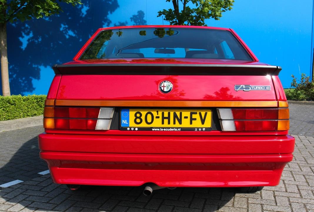 Alfa Romeo 75 Turbo Evoluzione 1987 gieldaklasikow pl  alfa-romeo-75-turbo-evo-08