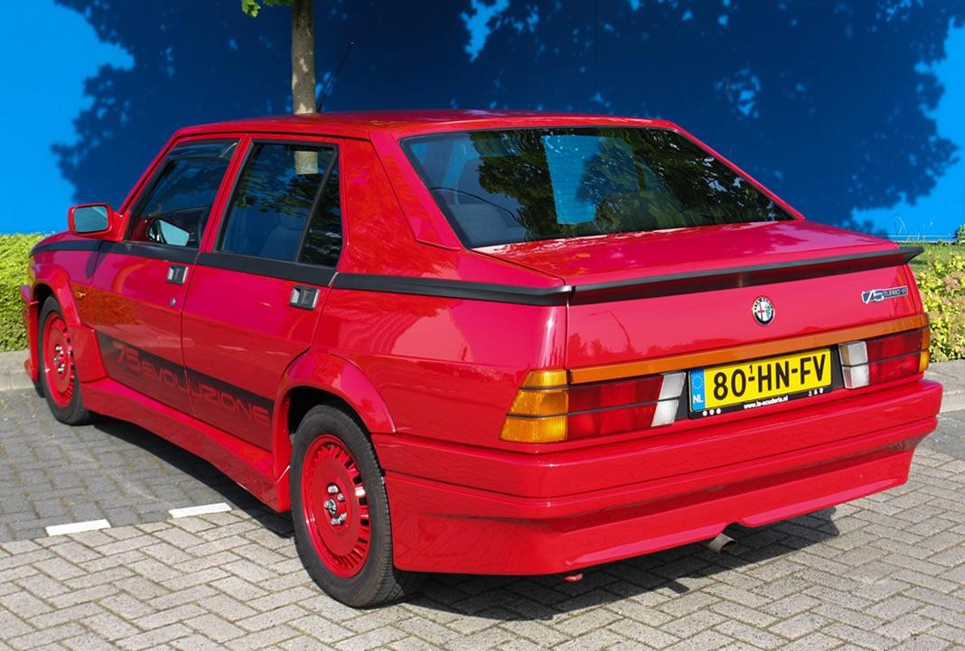 Alfa Romeo 75 Turbo voluzione 1987 gieldaklasykow pl