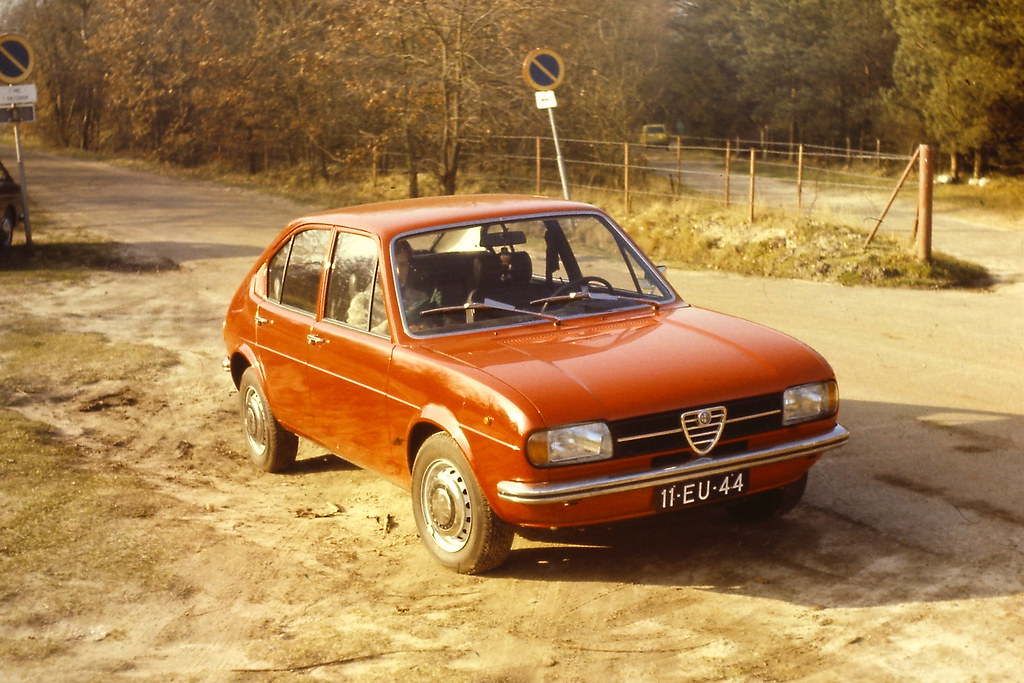 Alfa Romeo Alfasud 1975 flickr com 39233688222_65f4e6e9a2_b