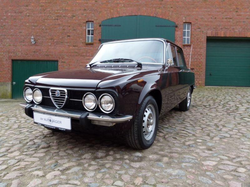 Alfa Romeo Giulia 1975 classicdigest com 107493_e3dc7a08f9e69095