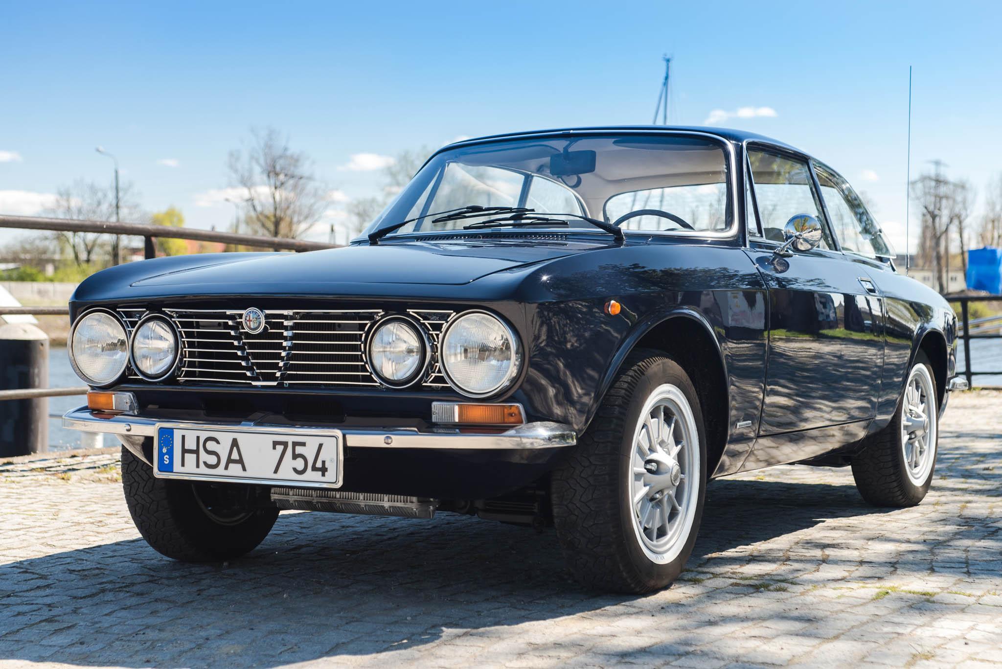 Alfa Romeo GT 1600 Junior 1975 gieldaklasikow pl R