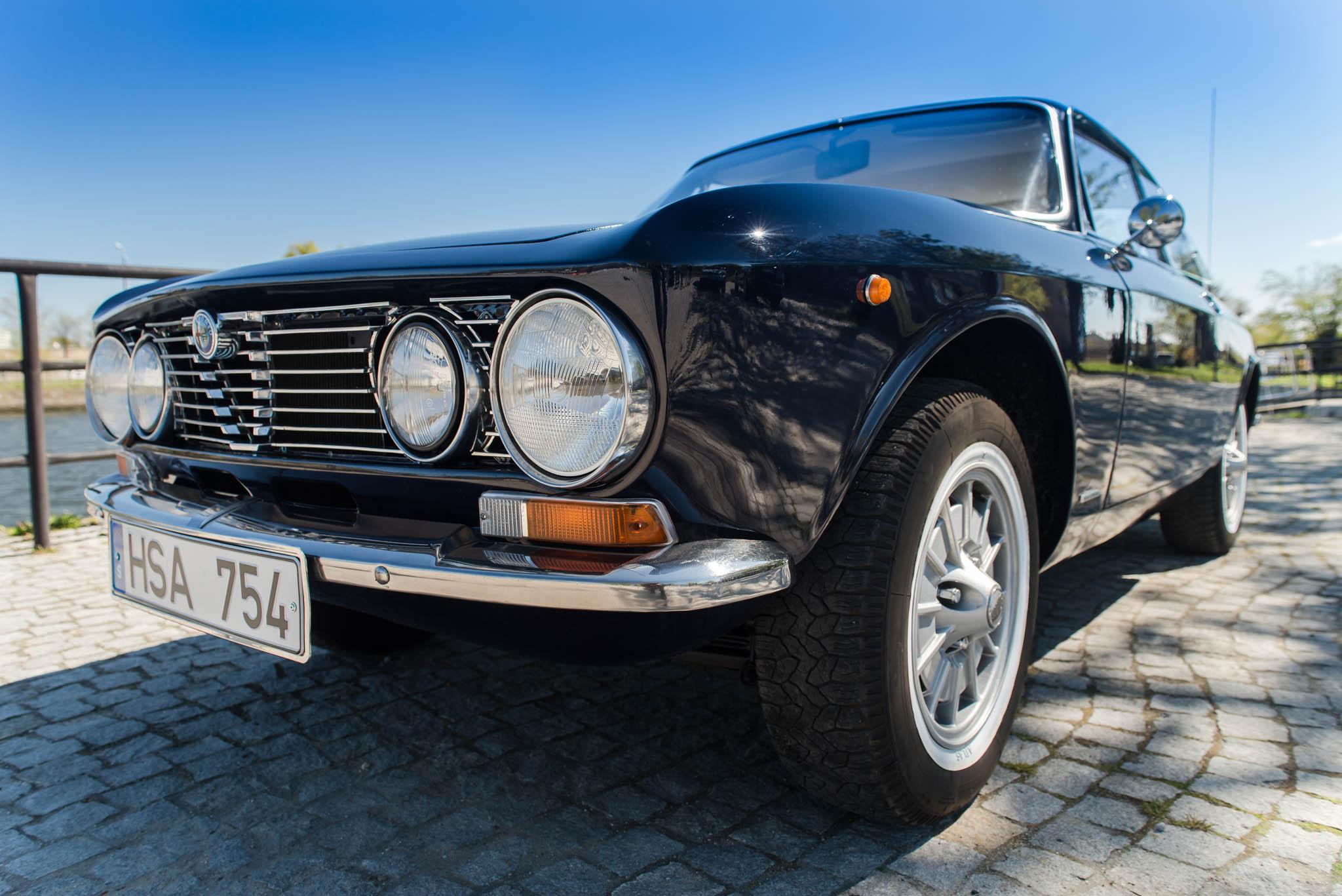 Alfa Romeo GT 1600 Junior 1975 gieldaklasykow pl alfa-romeo-gt-1600-junior-10