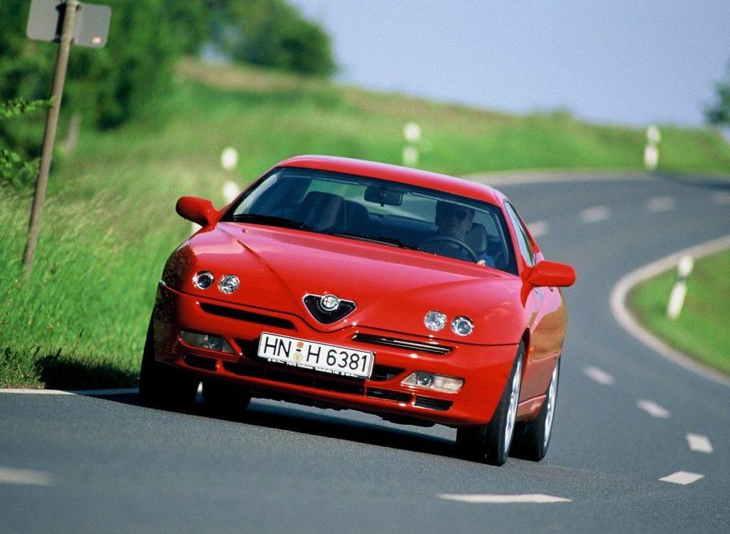 Alfa Romeo GTV 1999 g2motorsports com 1999_Alfa_Romeo_GTV_2-1024x750