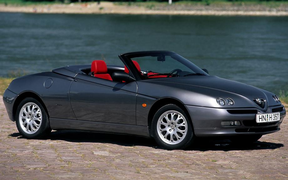 Alfa Romeo Spider 1998 carpixel