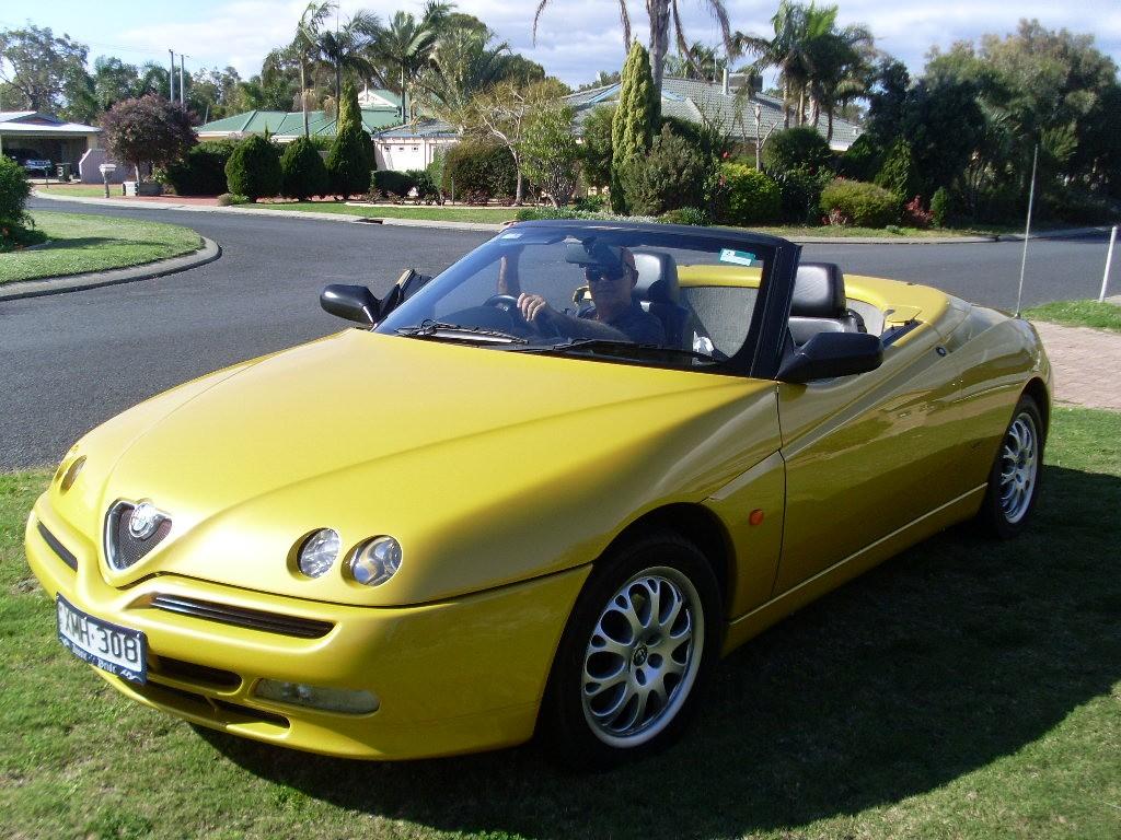 Alfa Romeo Spider 1999 shannons