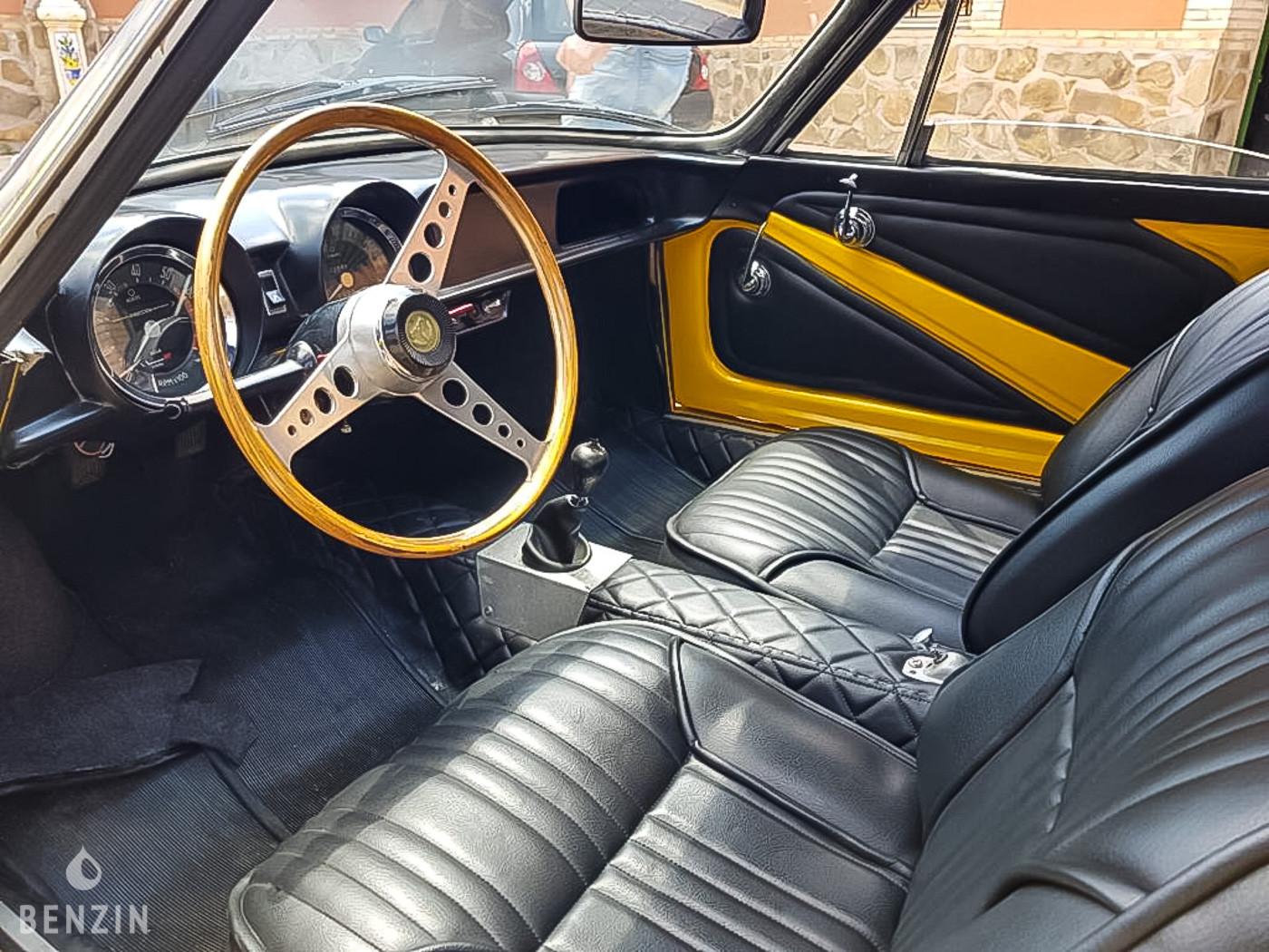 Alpine A108 berlinette 1966 benzin fr img_6013d100d8426