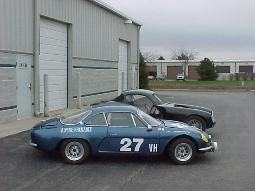 Alpine A110 Tour de France 1969 race-cars com  R