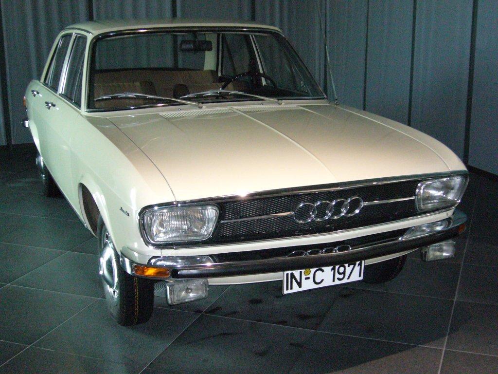 Audi 100 1968 fahrzeugbilder de audi-100-1968-1976-42659