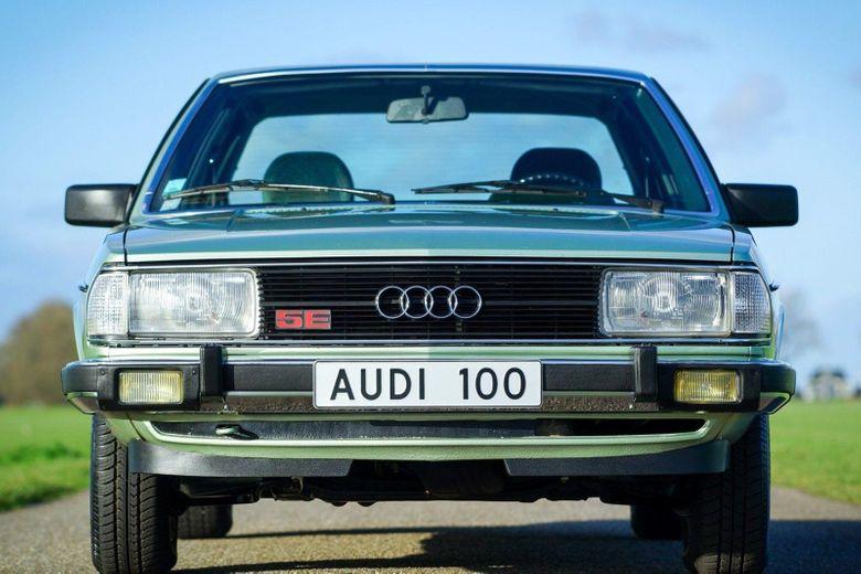 Audi 100 1980 artebellum