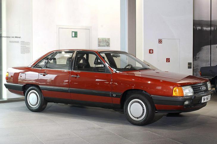 Audi 100 1981 i