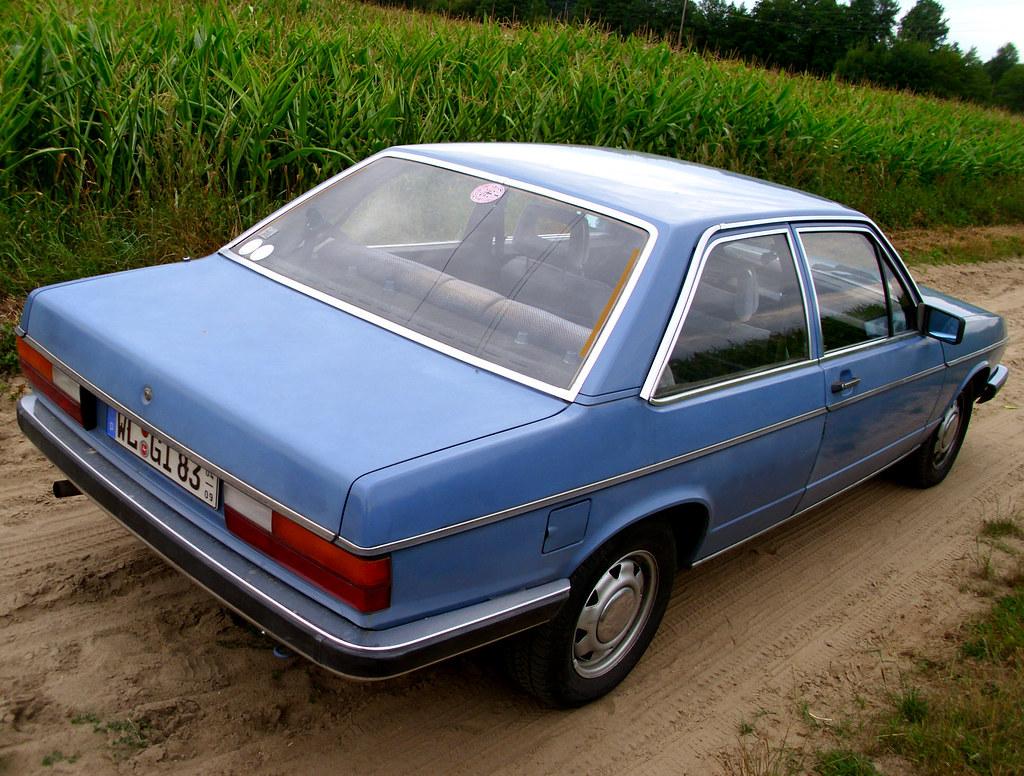 Audi 100 1981 live