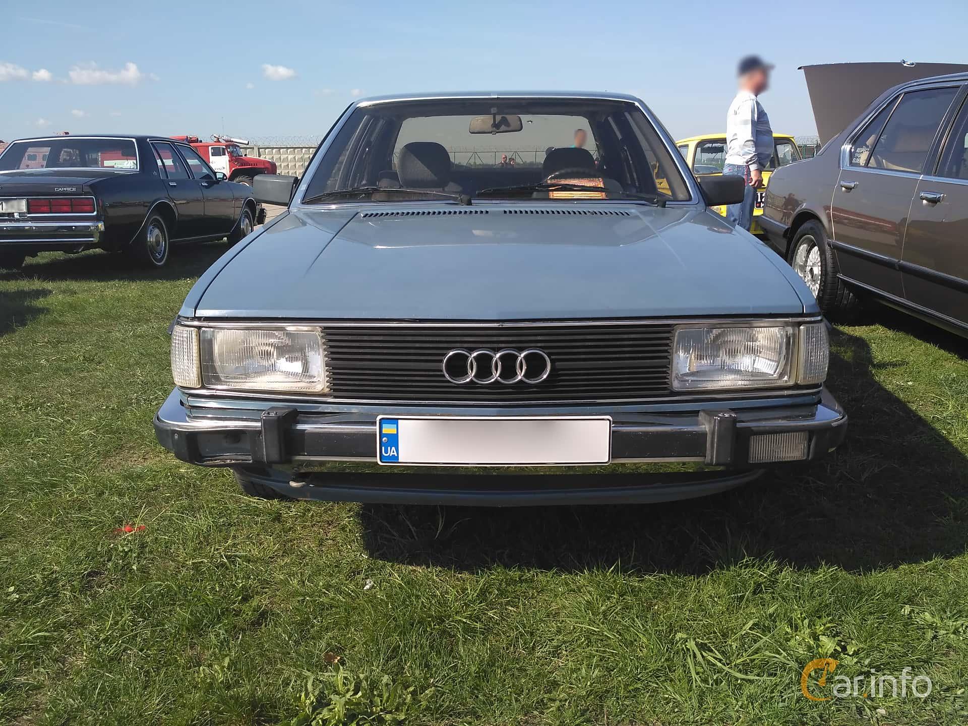 Audi 100 1981 s