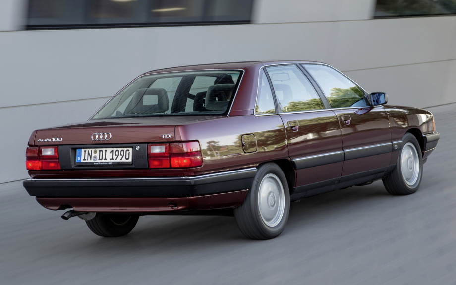 Audi 100 1988 carpixel