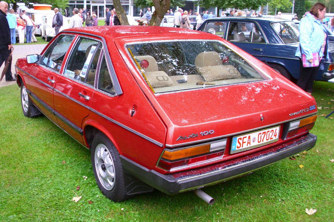 Audi 100 Avant 1979 en