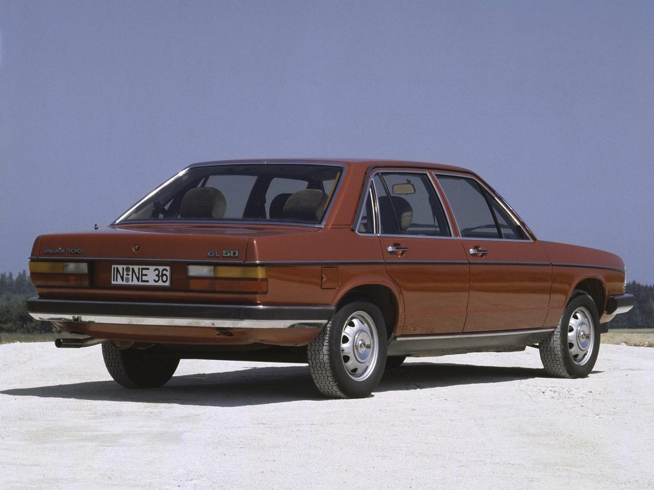 Audi 100 C2 1976 autoevolution com AUDI-100--C2--1510_18