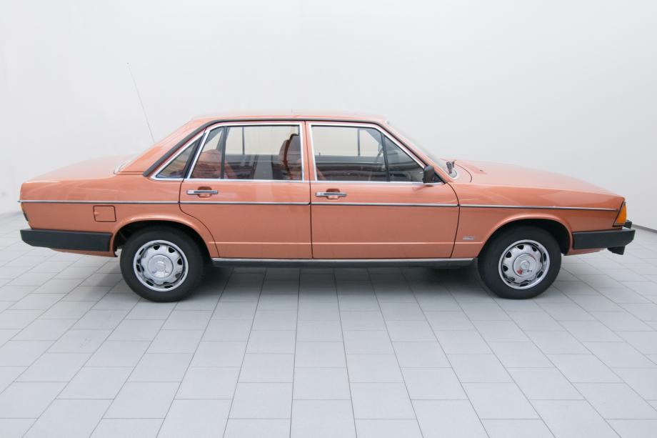 Audi 100 C2 1978 classicbild de XT0065_04