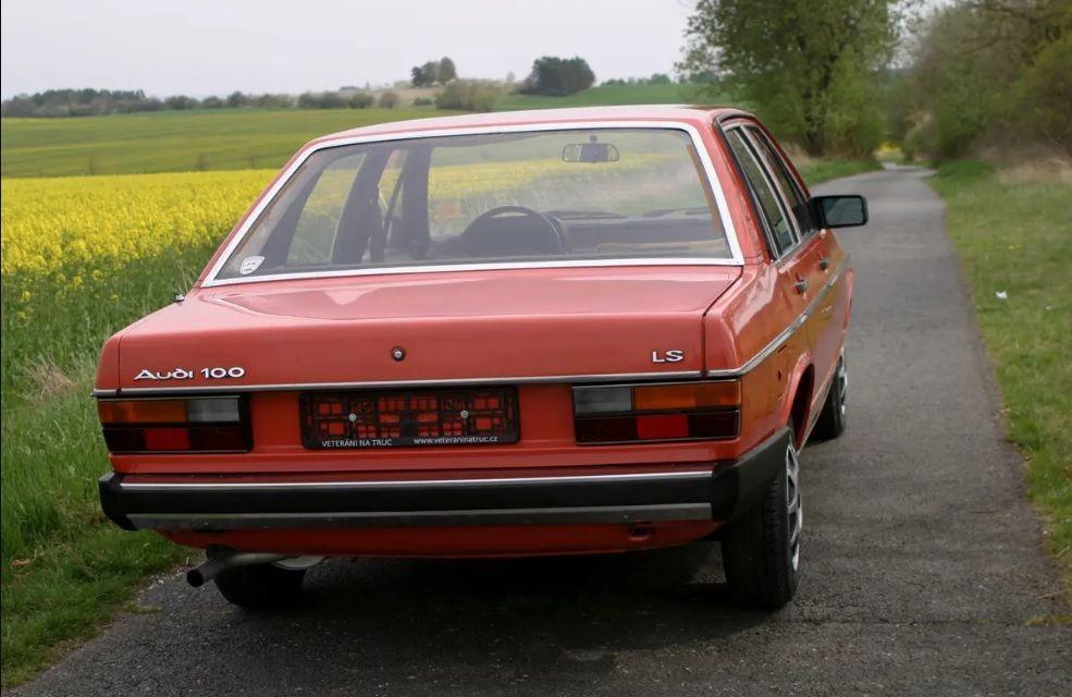 Audi 100 C2  LS 1978 auctomobile com  a6