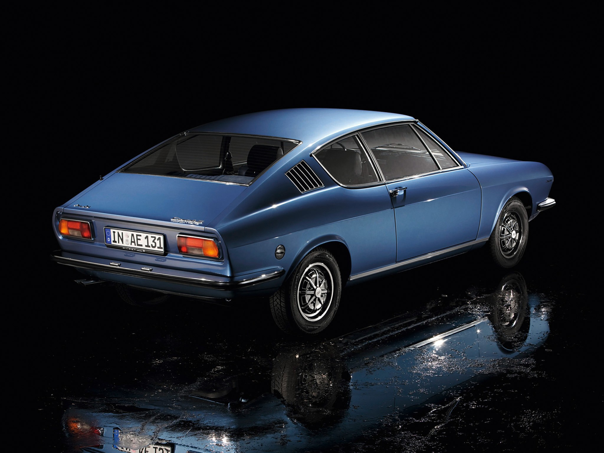 Audi 100 Coupe S 1975 autoevolution com AUDI-100-Coupe-S-3518_17