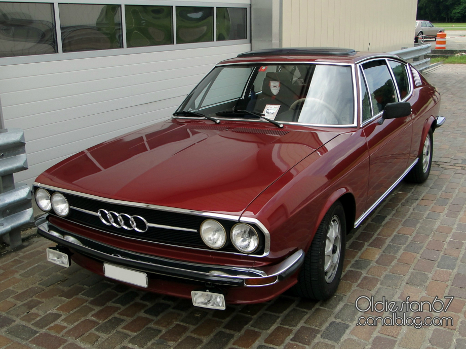 Audi 100 Coupe S 1975 p4