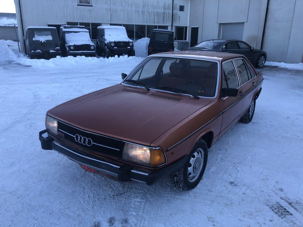 Audi 100 GL 1977 assets