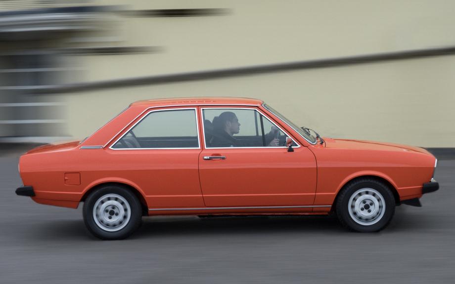 Audi 80 1973 carpixel