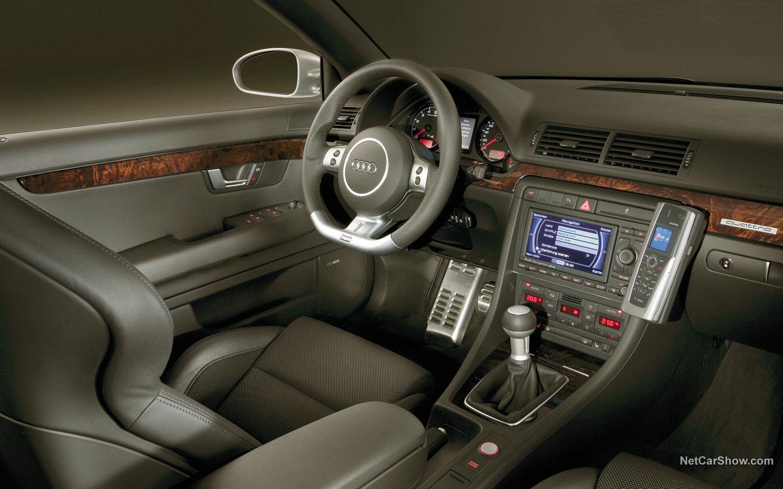 Audi A4 Avant RS4 2006 974032b3