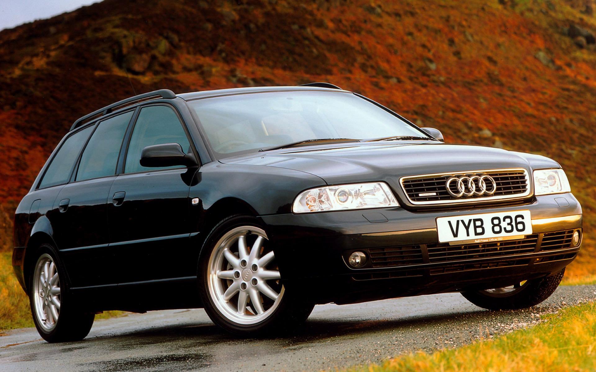 Audi A4 Avant UK 1999 carpixel