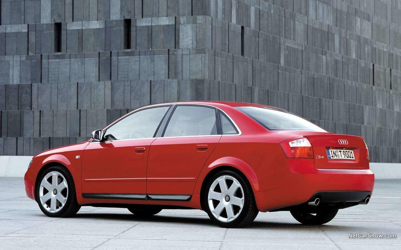 Audi A4 S4 2002 e968392c