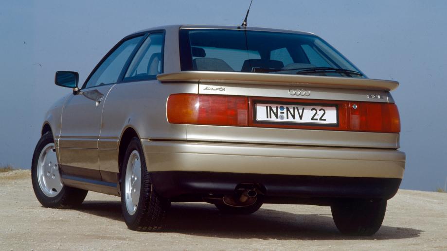 Audi Coupe 1988 carpixel
