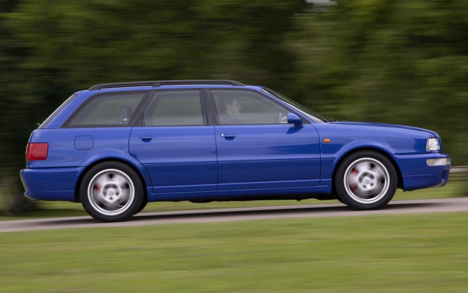 Audi RS2 Avant UK 1994 carpixel