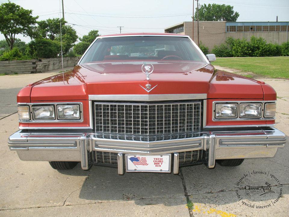 Cadillac Coupe Deville 1976 4c