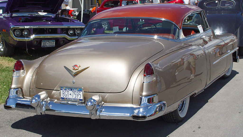 Cadillac Coupe -Gold-t-ra-sy 1953