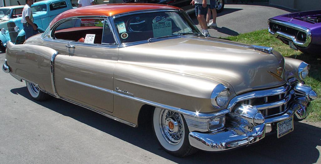 Cadillac Coupe-Gold-t-sa-sy 1953