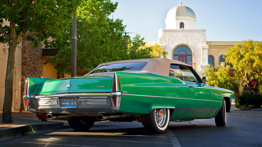 Cadillac DeVille Convertible 1970 lle_convertible_1970_rear_view_green_105206_1600x900