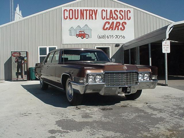 Cadillac Fleetwood 1969 4074_1 V8 $10