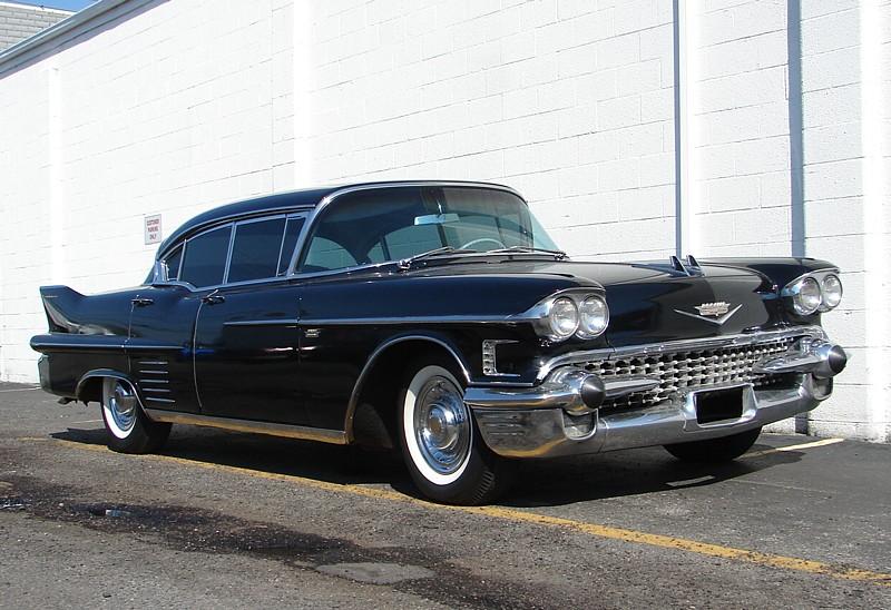 cadillac Sedan 1958 4