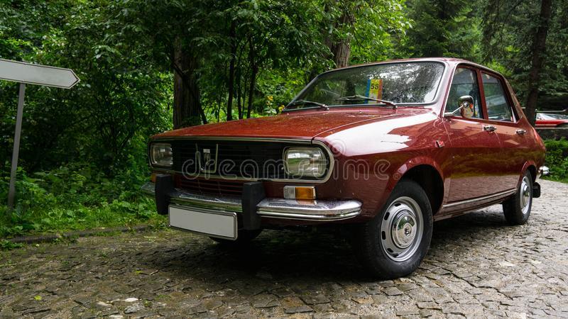 Dacia 1300 1969 thumbs,dreamstime,com