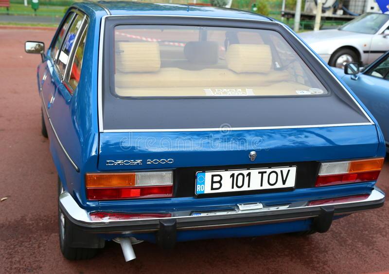 Dacia 2000 1984 thumbs