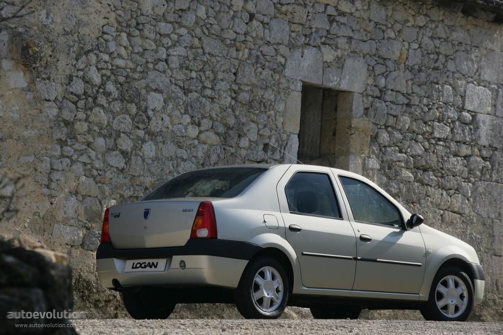 Dacia Logan 2004 autoevolution comDACIALogan-126_5