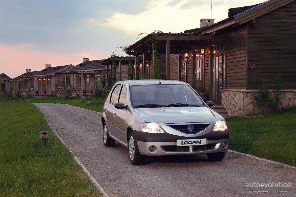 Dacia Logan 2004 autoevolution comDACIALogan-126_7