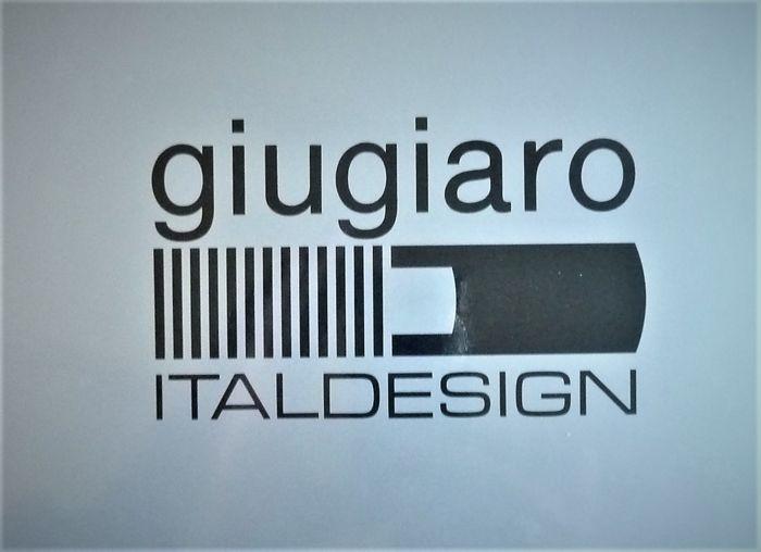 giugiaro italdesign d43332be-3198-4d14-8f44-42555af96fb0