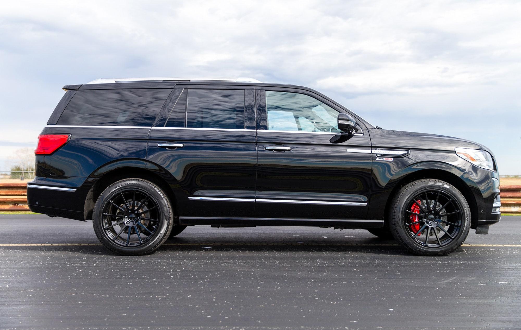 Hennessey HPE600 Lincoln Navitator 2019 HPE600-Lincoln-Navigator-6-min