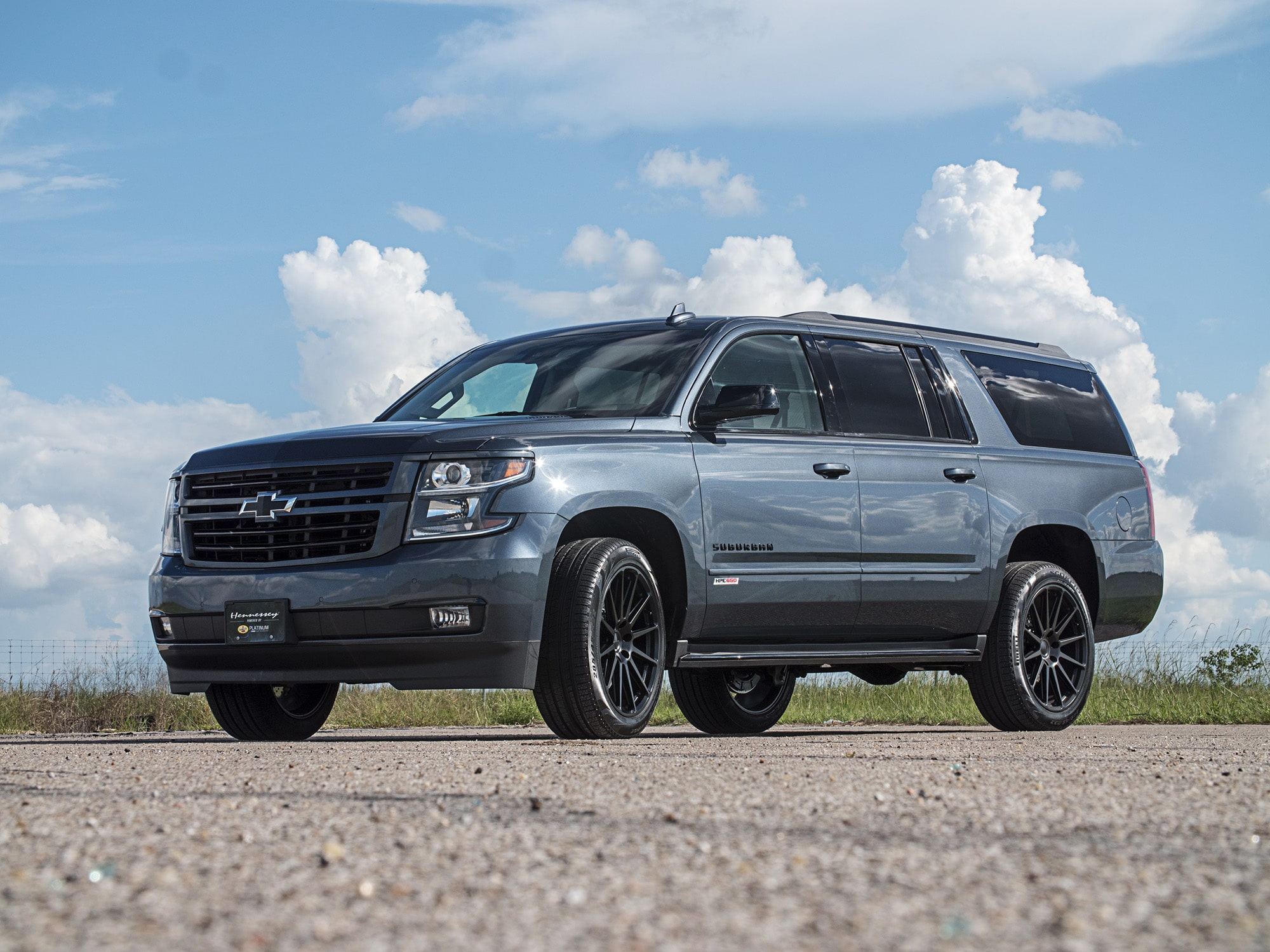 Hennessey HPE650 Chevrolet Suburban RST  2018 HPE650-2018-Chevy-Suburban-Dark-Blue-1-min