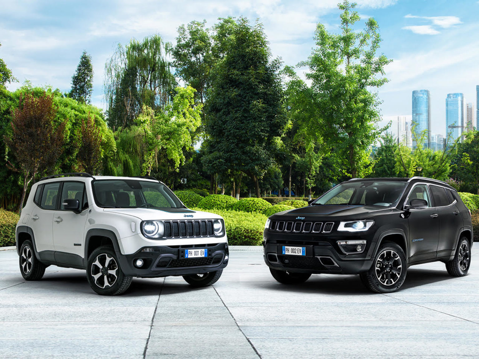 Jeep Compass 4xe Jeep Renegade 4xe jeep-compass-jeep-renegade_13-1536x1152