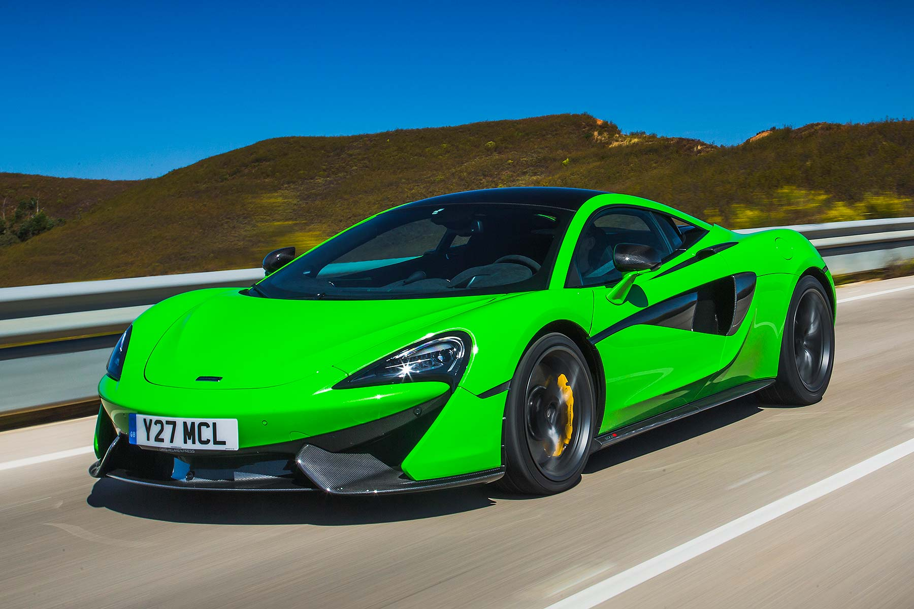 McLaren 570S 2015 media